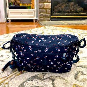 💕 Kipling navy floral medium stroller bag 💕